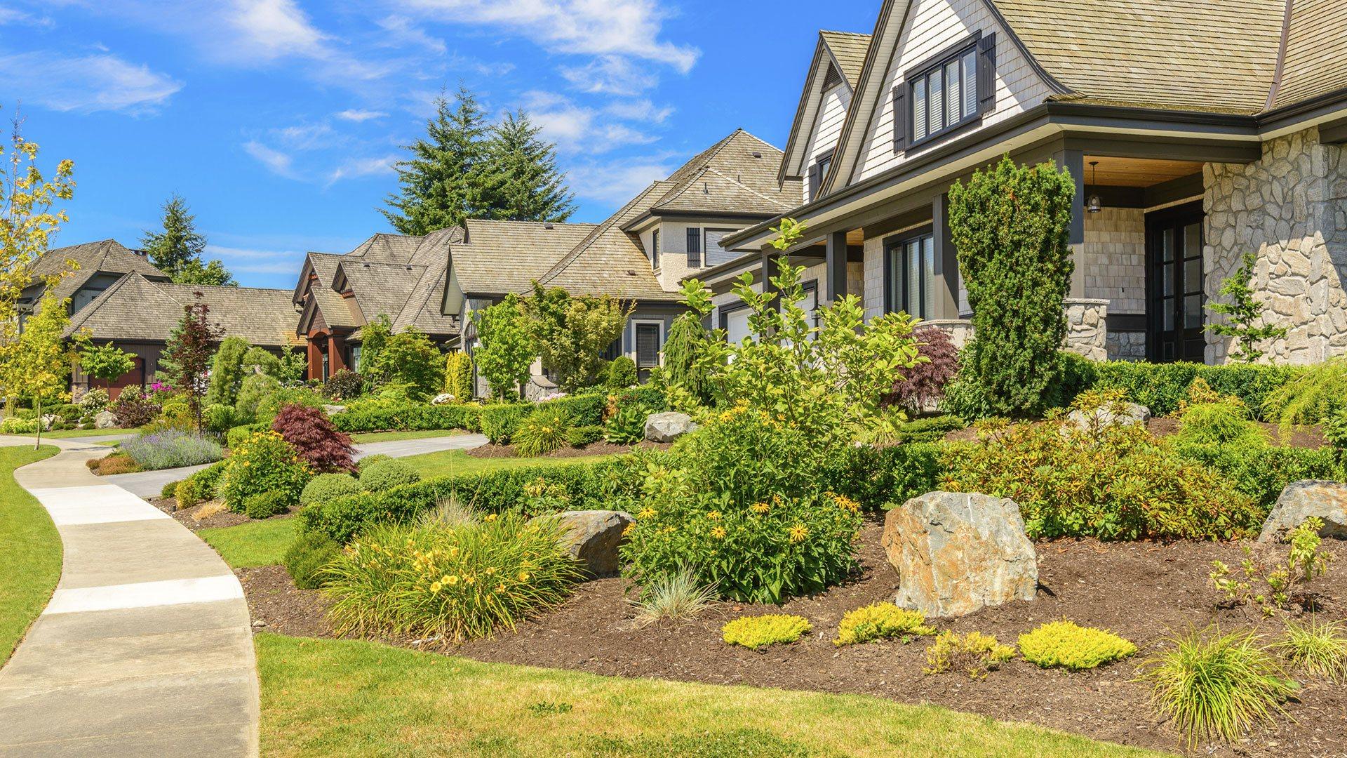 Green Leaf Property Management Services Commercial Garden Design, Commercial Landscaping and Commercial Property Maintenance slide 2